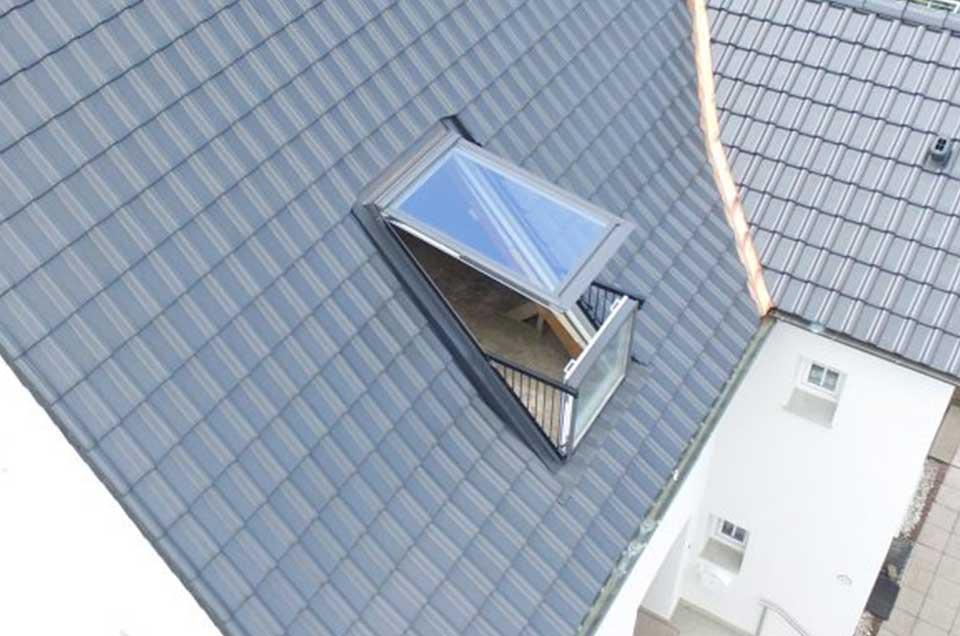 Bild von einem Dach mit Fenster